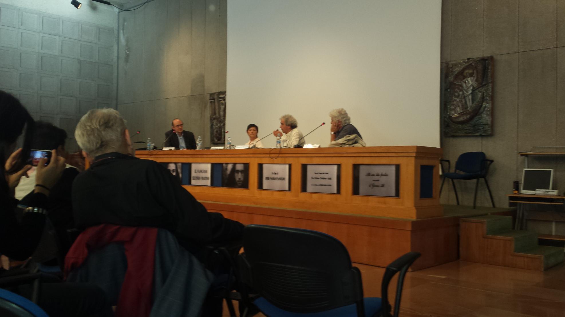 Convegno ad assisi sul vangelo di pasolini 26 27 - La tavola rotonda assisi ...