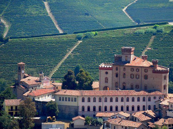 Barolo (Cuneo). Castello
