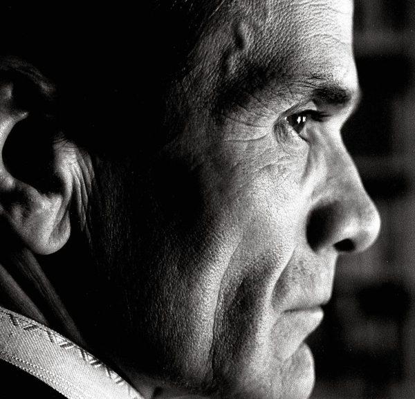 Un profilo di Pasolini. Foto di Piero Becchetti