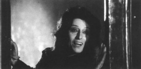 """L'ultima apparizione cinematografica di Anna Magnani nel film """"Roma"""" di Federico Fellini (1972). Un cameo in cui interpreta se stessa. Nannarella muore a Roma il 26 settembre 1973. Foto Corriere.it."""