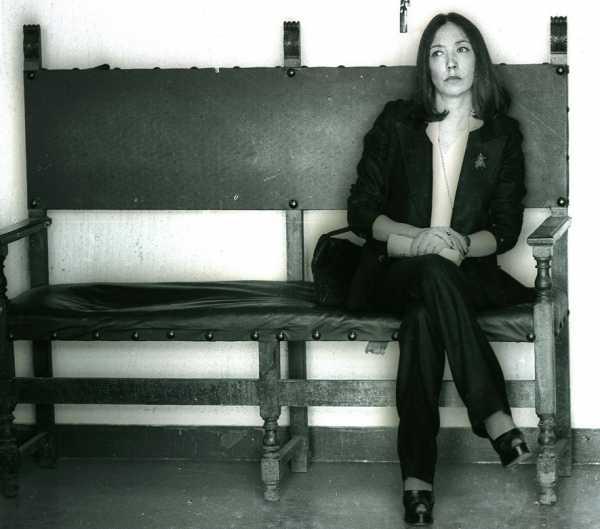 Oriana Fallaci durante il processo contro Pelosi. 8 marzo 1976