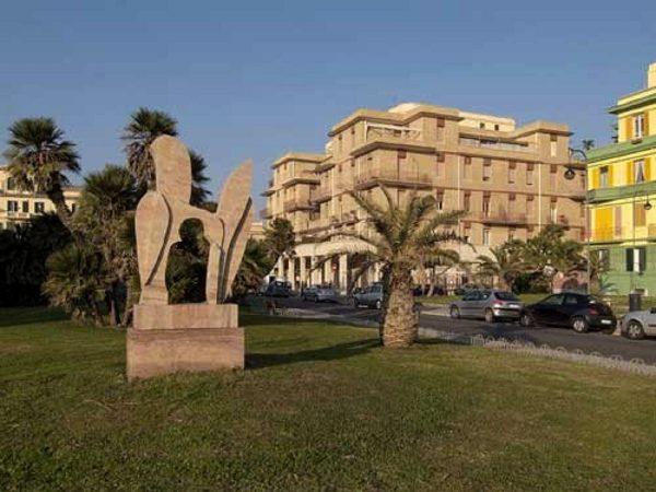Ostia. Monumento di Pietro Consagra a Pasolini