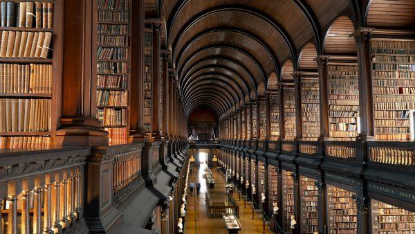 Trinity College di Dublino. L'antica biblioteca