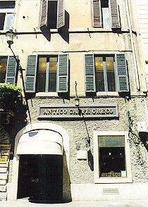 Roma. Antico Caffè Greco. Ingresso