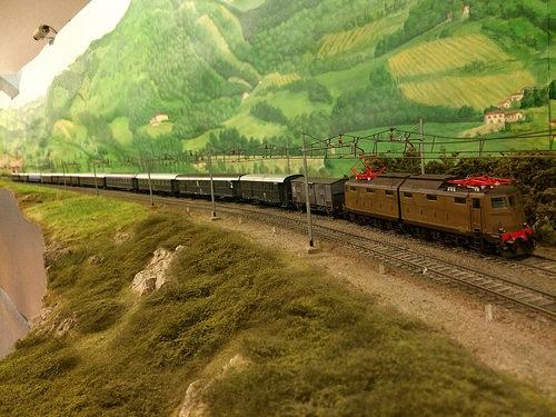 Treno accelerato anni Settanta