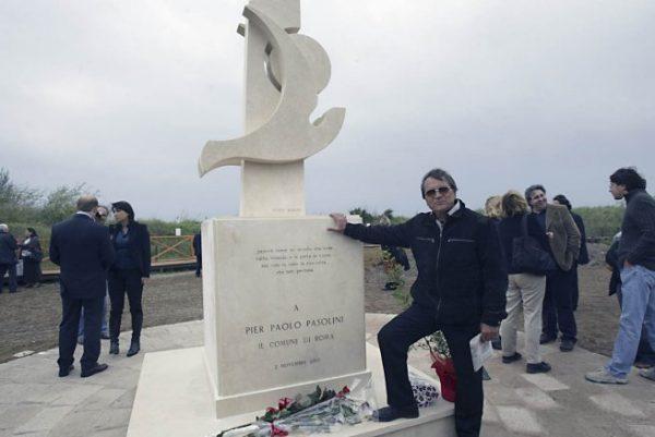 Mario Rosati all'inaugurazione del monumento a Pasolini all'Idroscalo di Ostia