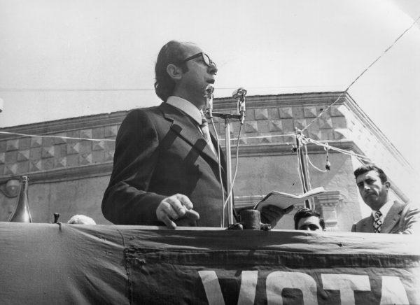 Domenico Notarangelo a un comizio del Pci del 1972