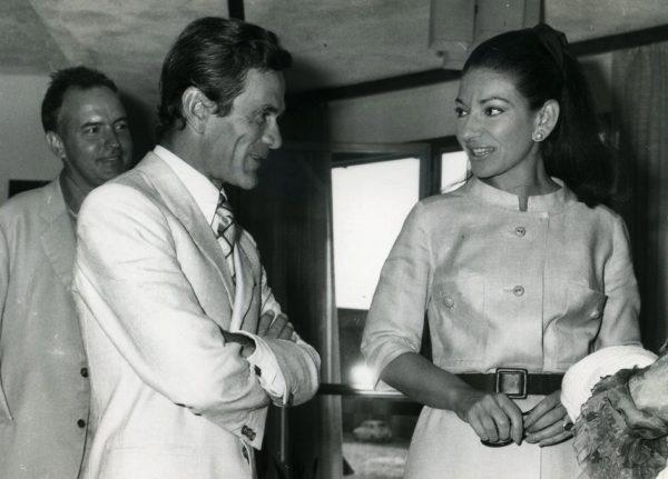 """Grado, set di """"Medea"""". Pasolini e Maria Callas. Alle loro spalle Giuseppe Zigaina. Foto di Mario Tursi"""