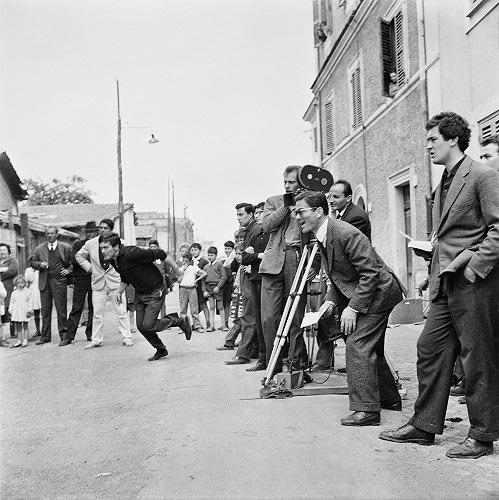 """Psolini sul set di """"Accattone"""". Foto di Angelo Pennoni © Archivio Cinemazero Images Pordenone"""
