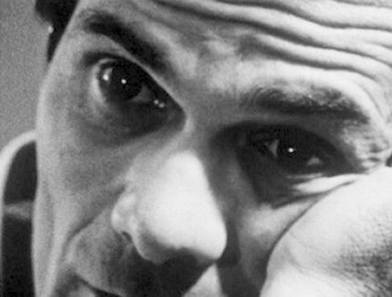 """Sullo scaffale. """"Tra lucciole e palazzo. Il mito Pasolini dentro la realtà"""", di Enzo Golino"""