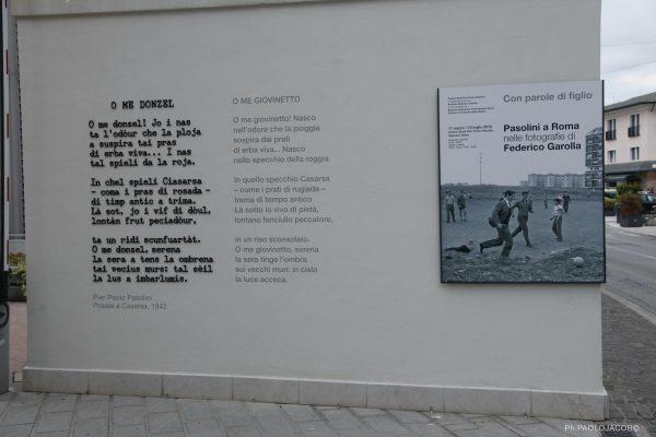 """La poesia """"O me donzel"""" (1942) all'ingresso del Centro Studi"""