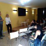 Marco Salvadori parla accoglie i giovani studiosi della 43esima Summer School in glottologia e linguistica al CSPPP